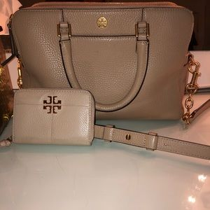 Tory Burch bag with wallet